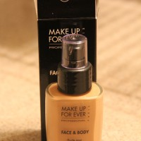 MUFE Face & Body foundation
