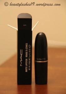 MAC lipstick ' Diva'..